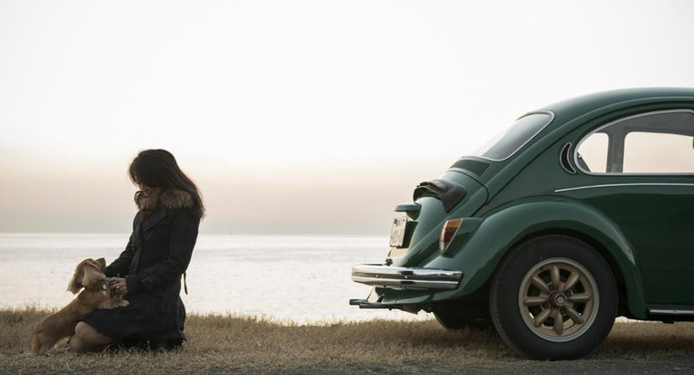 How Do You Determine the Value of an Older Used Car?