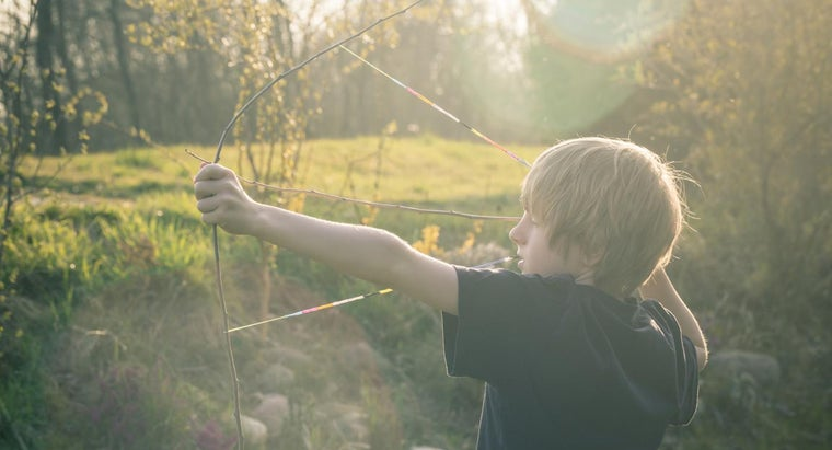 What Are Some Examples of Bow and Arrow Games?
