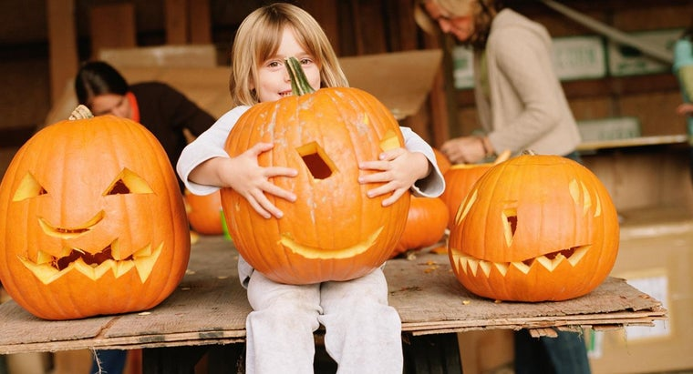 How Do You Find Giant Pumpkin Carving Patterns?