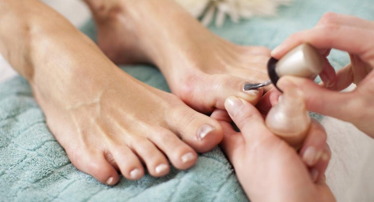 What Are Some Tips for Choosing a Pedicure Training Course?