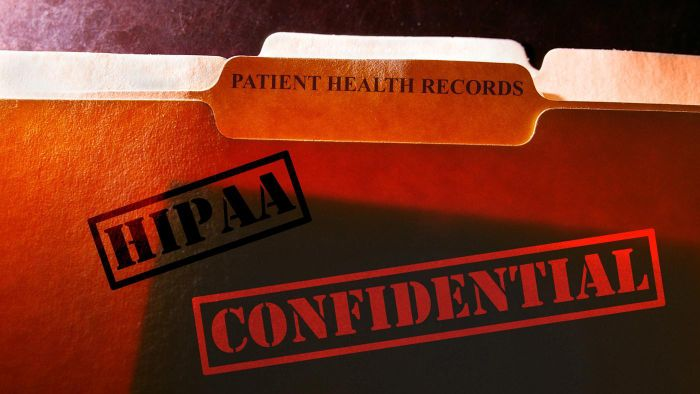 What Are Some Examples of HIPAA Violations?