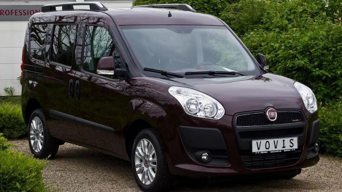 What Are Some Features of the Fiat Doblo?