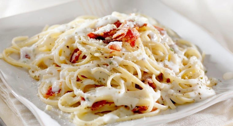 What Are Some Good White Sauce Pasta Recipes?