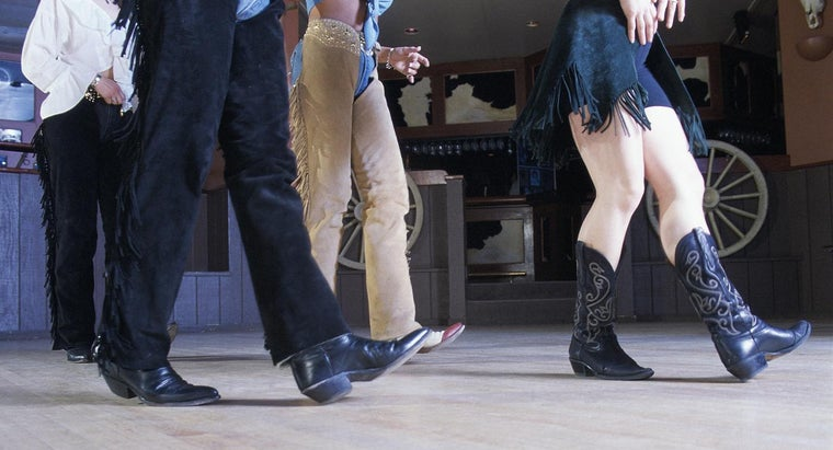 What Are Country Line Dance Steps?