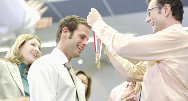 What Are Some Award Ideas to Recognize an Employee's Long Service?