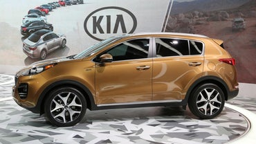 What Are Some Kia Vehicles That Come With All Wheel Drive?