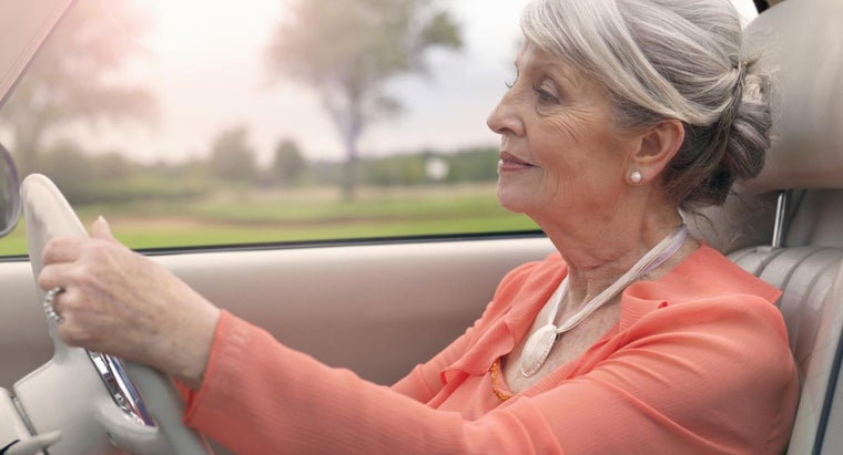 Is It Safe to Drive After a Hip Replacement?