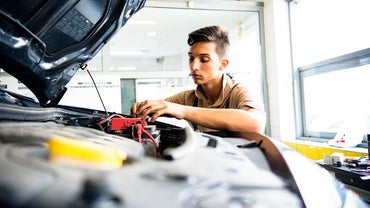 How Do Car Battery Specifications Differ?