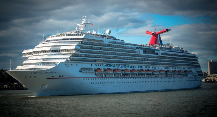 What Are the Deck Plans on Carnival Fascination Ships?