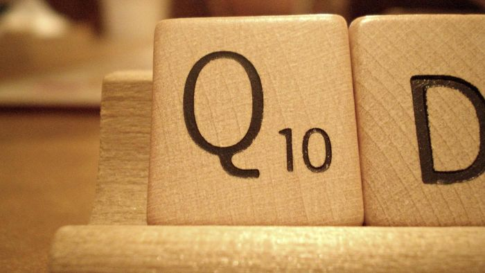 """What Are Some Scrabble Words Beginning With """"Q""""?"""