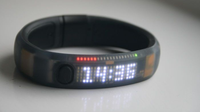 What Are the Best Wearable Step Counters for Measuring Calories Burned?