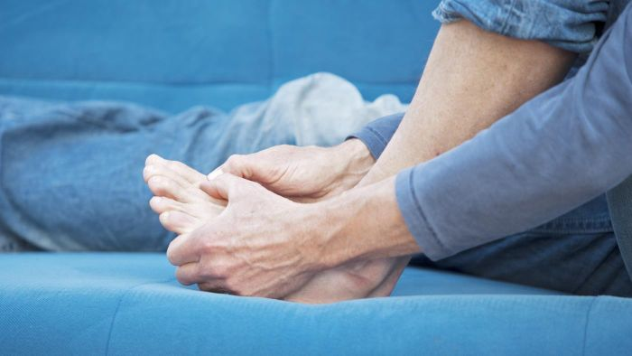 What's the Best Way to Treat Swollen Ankles?