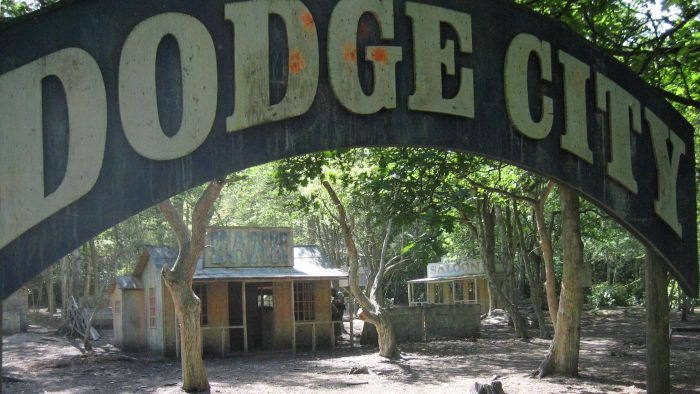 What Are Some Fun Attractions for Families in Dodge City, KS ?