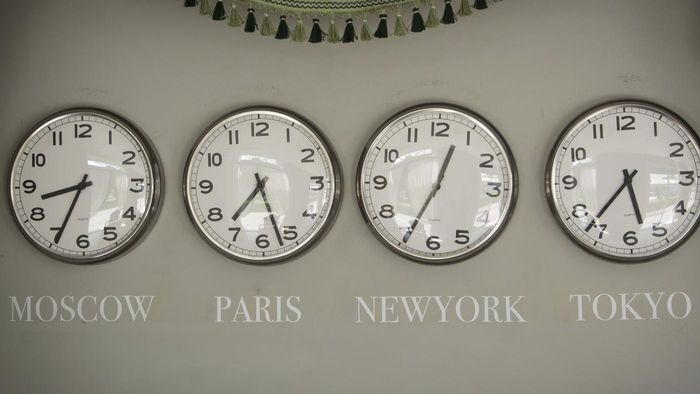 What Is the Best World Clock Time Application?