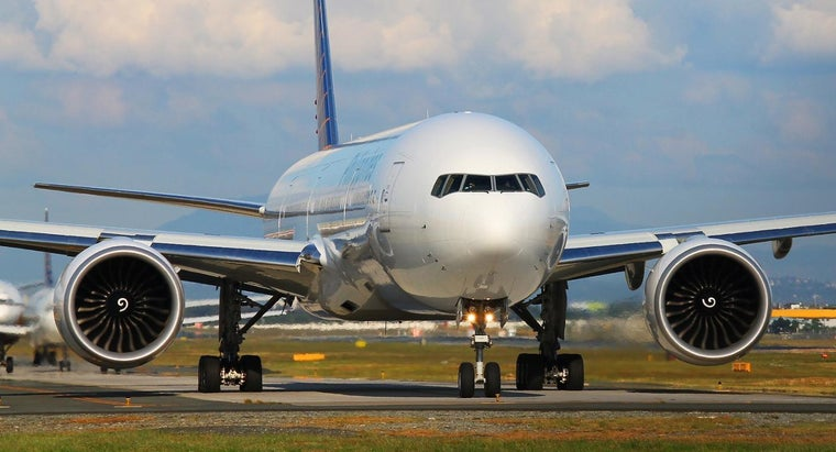 How Do Philippine Airlines Flyers Earn Mabuhay Miles?