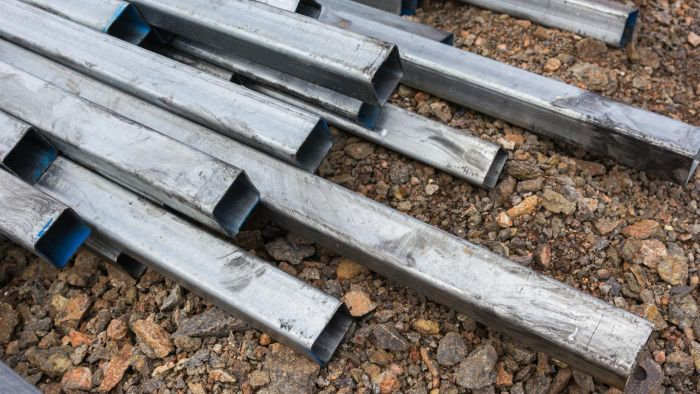 How Do You Determine the Price of Salvaged Steel?