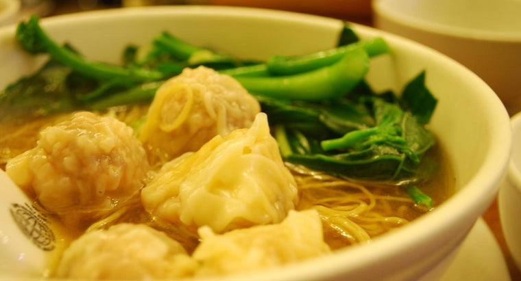 What Are Some of the Most Flavorful Chinese Wonton Soup Recipes?