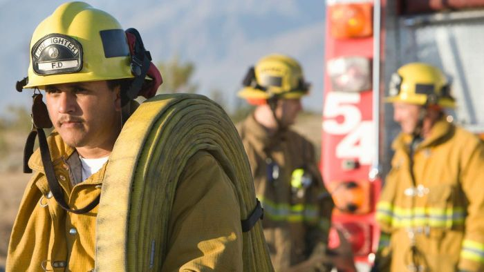 What Is a Typical Salary for a Firefighter?