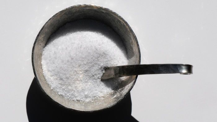 How Many Grams of Salt Are in a Teaspoon?