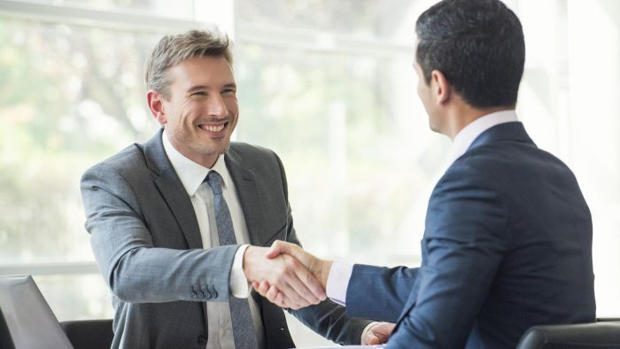What are some of the banking related jobs available in Edmonton?