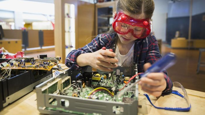 What Are Easy Science Fair Projects?