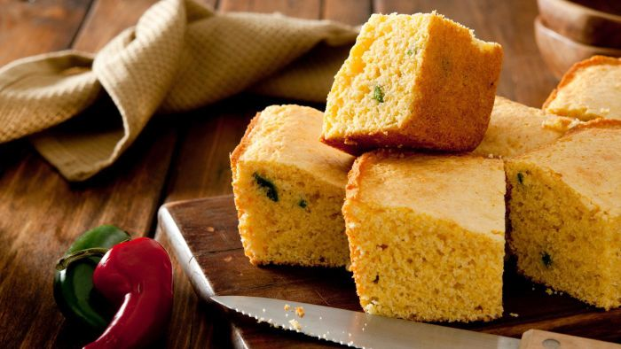 What Are Some Good Recipes for Jalapeño Corn Bread?