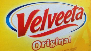 What Are Some Recipes for Velveeta Baked Macaroni and Cheese?