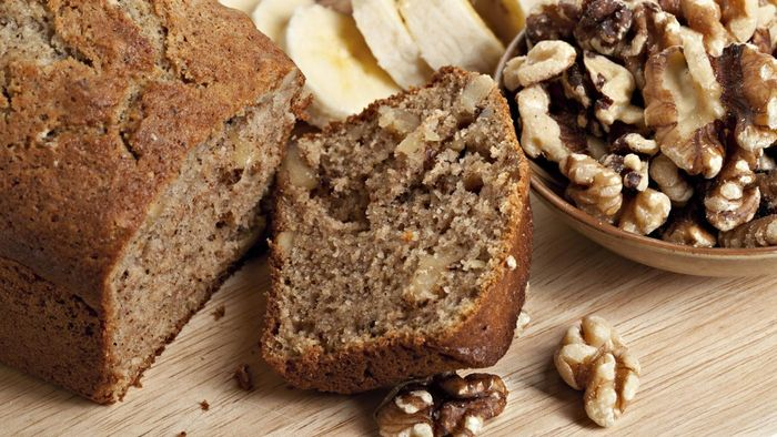 What Is the Recipe for Paula Deen's Banana Bread?