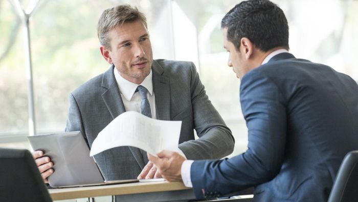 What Are Some Tips for Finding a Good Divorce Attorney?