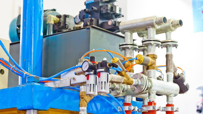 How Do Hydraulic Valves Work?