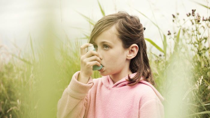 What Are Some Symptoms of Asthma?