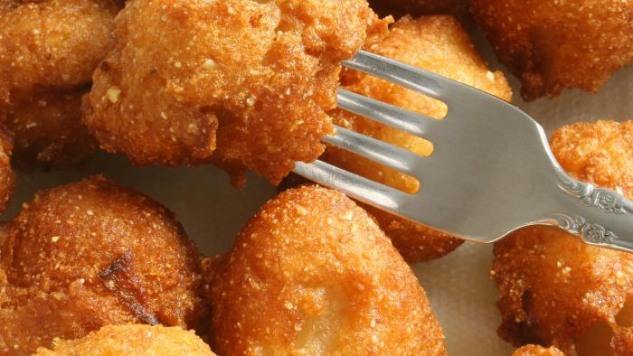 What Is an Easy Hush Puppy Recipe?