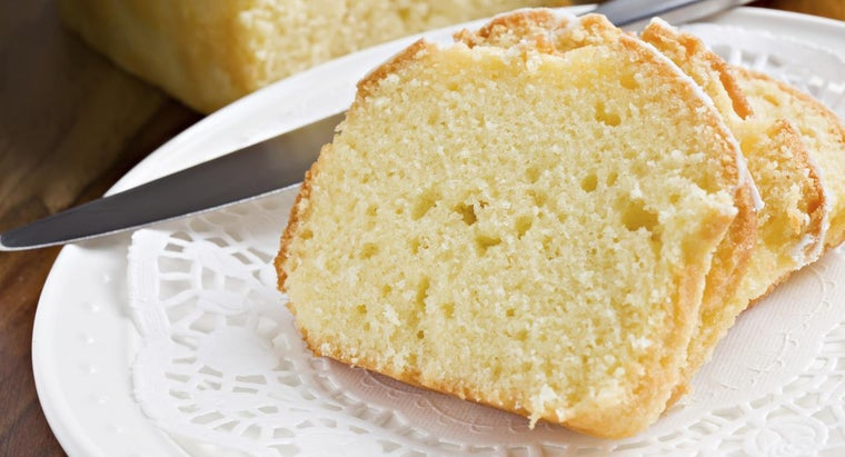 What Is a Recipe for Moist Buttermilk Pound Cake?