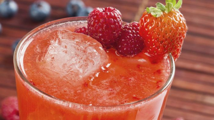 What Is the Traditional Recipe for Rum Punch?