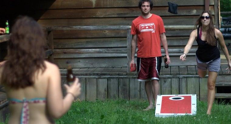 How Do You Build a Cornhole Board Game?