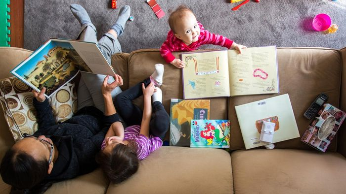 What Types of Reading Games Are Appropriate for Kindergarten?