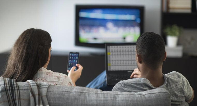 What Are the Benefits of a TV, Internet and Phone Bundle?