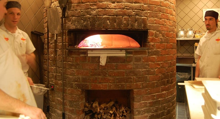 How Do You Vent a Fire Brick Pizza Oven Properly?