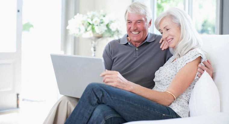 Which Computers Are Good for Seniors?