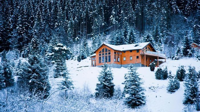 What Makes a Holiday in a Cabin Romantic?