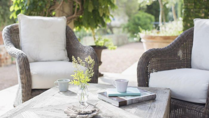 When Is the Right Month to Buy Cheap Patio Furniture?
