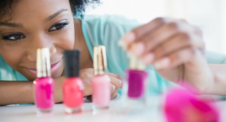 What Is Soak-Off Gel Nail Polish?