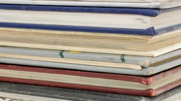 How Do You Locate Old High School Yearbooks?