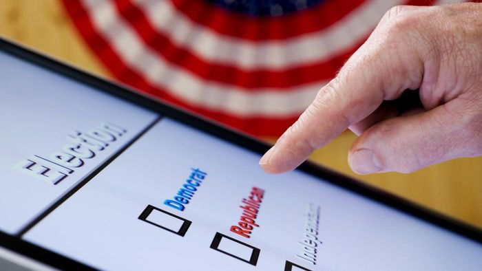 What Are Some Pros and Cons of Using Voting Machines?