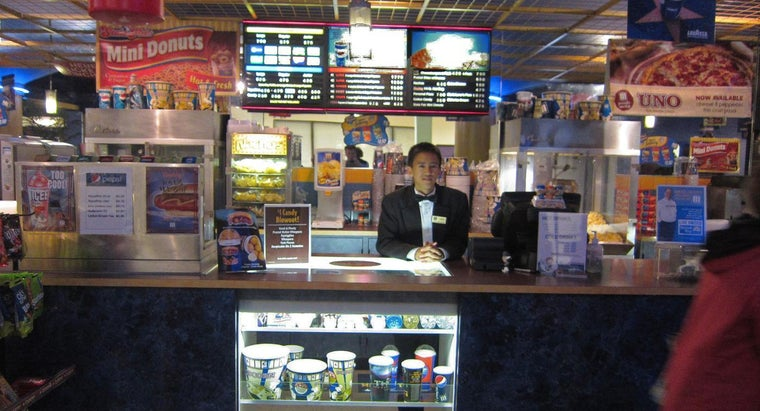 What Concession Snacks Are Available at Marcus Theatres in Oakdale, Minnesota?