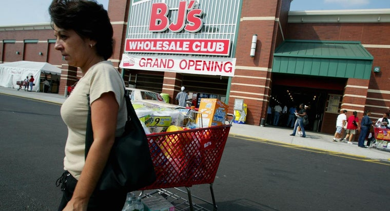What Is the Process of Completing a BJ's Credit Card Application?
