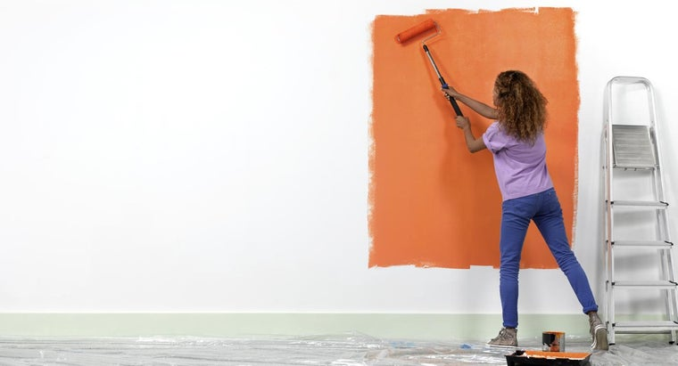 What Are Some Popular Color Ideas for Painting the Interior of a Home?