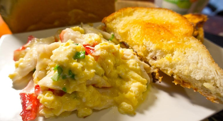 What Is a Recipe for Perfect Scrambled Eggs?