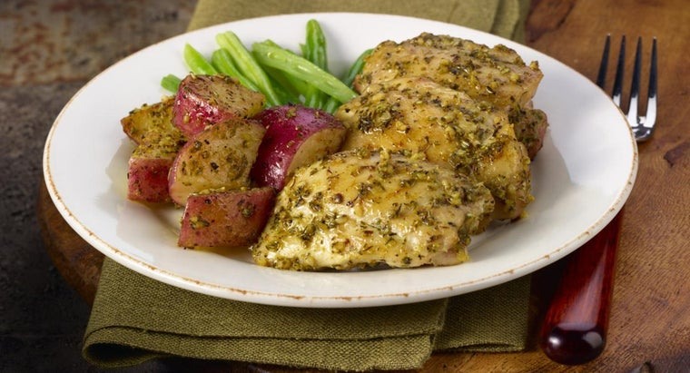 What Are Some Tasty Baked Chicken Recipes?