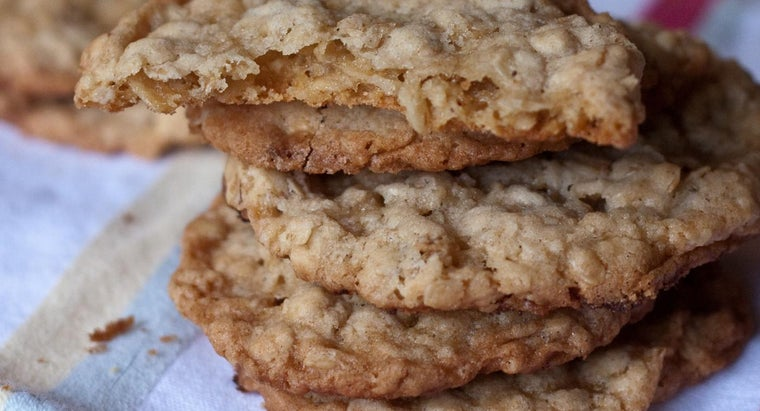 What Is a Recipe for Oatmeal Cookies Using Quaker Oatmeal?